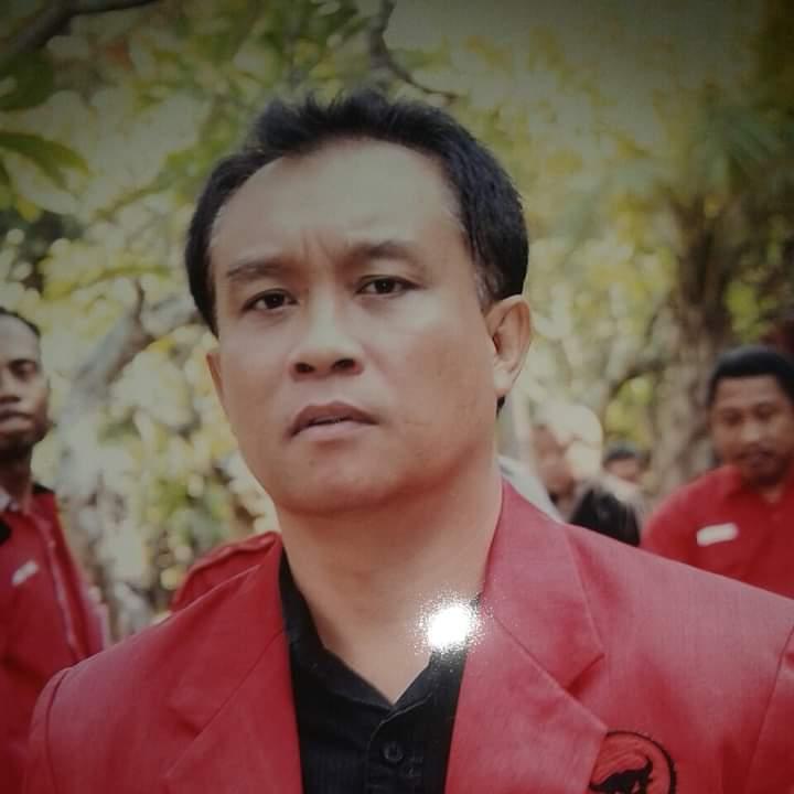 KETUA DPC PDIP Kota Mataram, Made Slamet. Foto: rul