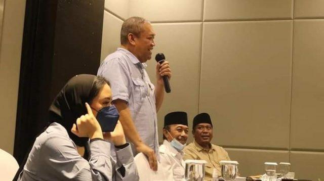KETUA Badan Pengawas dan Disiplin (BPD) DPP Partai Gerindra, Bambang Kristiono, saat menyampaikan arahan pada rapat konsolidasi DPD Gerindra NTB di Mataram, Senin (25/10/2021) malam. Foto: rul