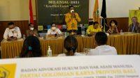 MADE Dauh Wijana saat memberi sambutan sebelum membuka Pelatihan Paralegal Milenial di DPD Partai Golkar Bali, Jumat (22/10/2021). Foto: ist