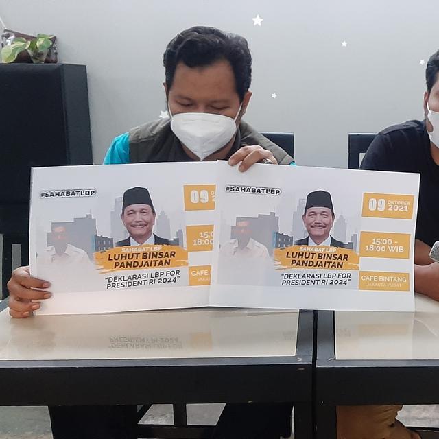 RELAWAN Sahabat Luhut Binsar Pandjaitan (LBP) yang mendeklarasikan LBP untuk maju pada Pilpres 2024, Sabtu (9/10/2021). Foto: rul