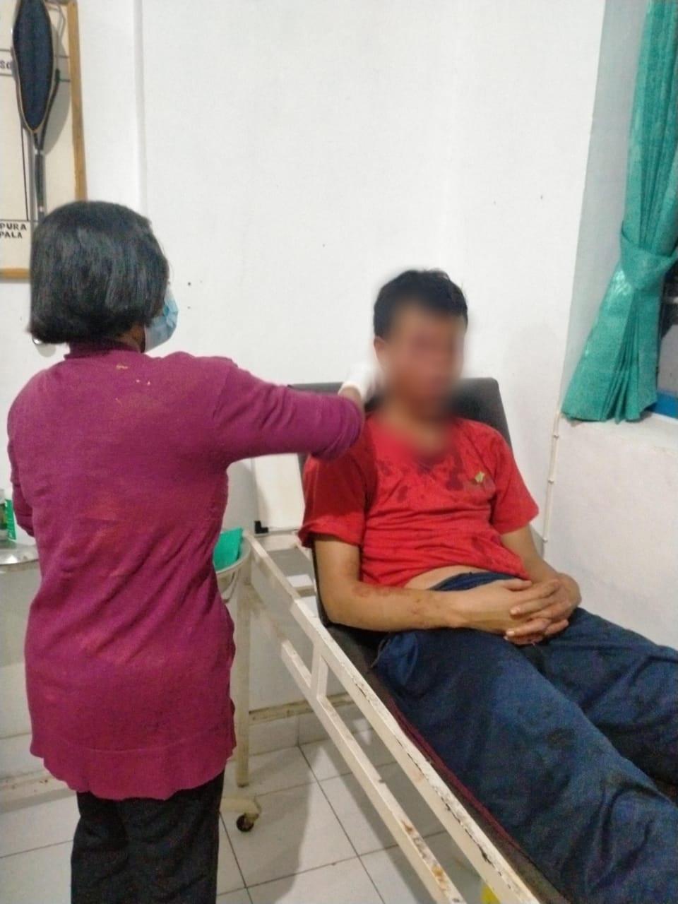 SEORANG tahanan mengalami luka-luka setelah dianiaya oleh tahanan lain di Lapas Kelas IIB Karangasem. Foto: ist